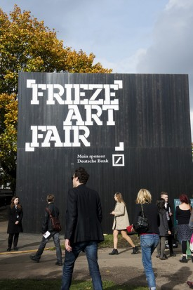 Looking to Frieze, external Gallery tour with Richard Stemp