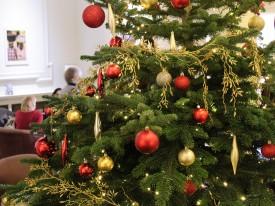 Clubhouse Carols Around the Tree