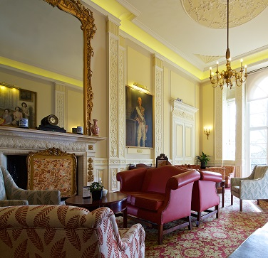 Members\' Drawing Room